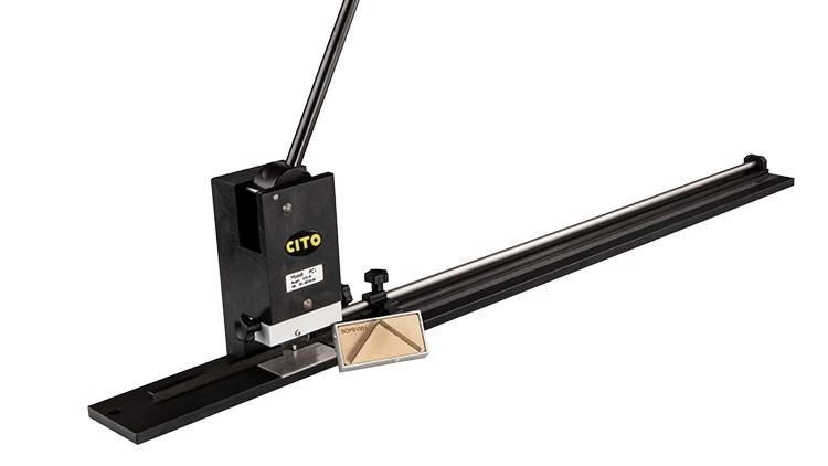 PC 1 Profilschneider inkl. Schneidstempel für geraden Schnitt + Schneidstempel für Gehrungsschnitt
